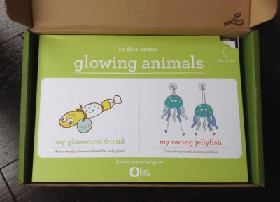 """Kiwi Crate Review """"Glowing Animals"""" - October 2013"""