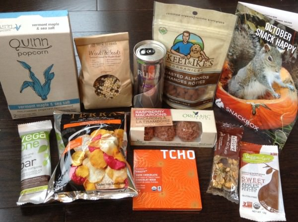 Snackbox Review - October 2013 + Promo Code & Giveaway!