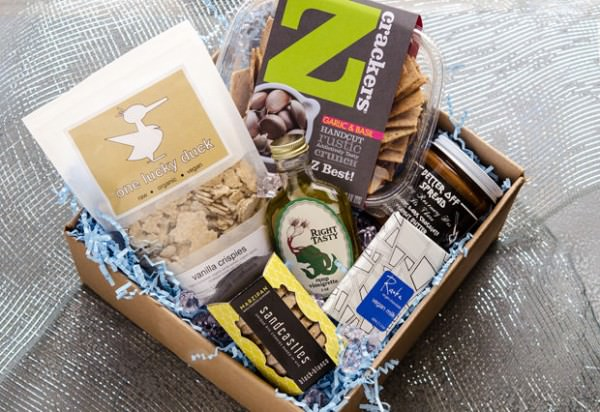 Vegan Cuts Cyber Monday Snack Box & Beauty Box Sale!