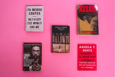 Noir Reads